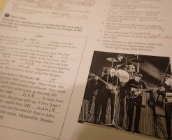 ビートルズ!:タイ語学学校で英語を学ぶ